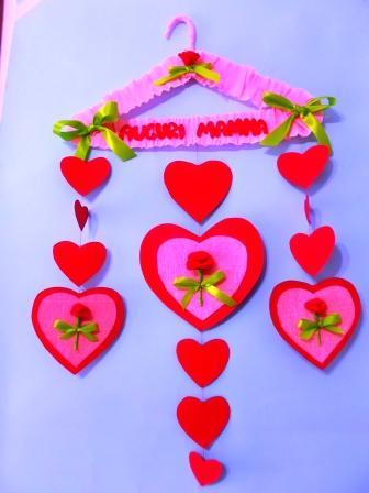 maggio con cuori e rose