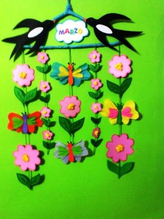 Primavera maestrarenata for Addobbare la porta dell aula