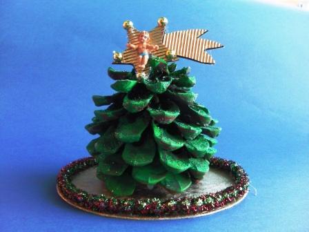 Lavoretti Di Natale Con Le Pigne.Pigne Maestrarenata